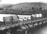Freight carted across Keno bridge near Keno . . . Klamath River
